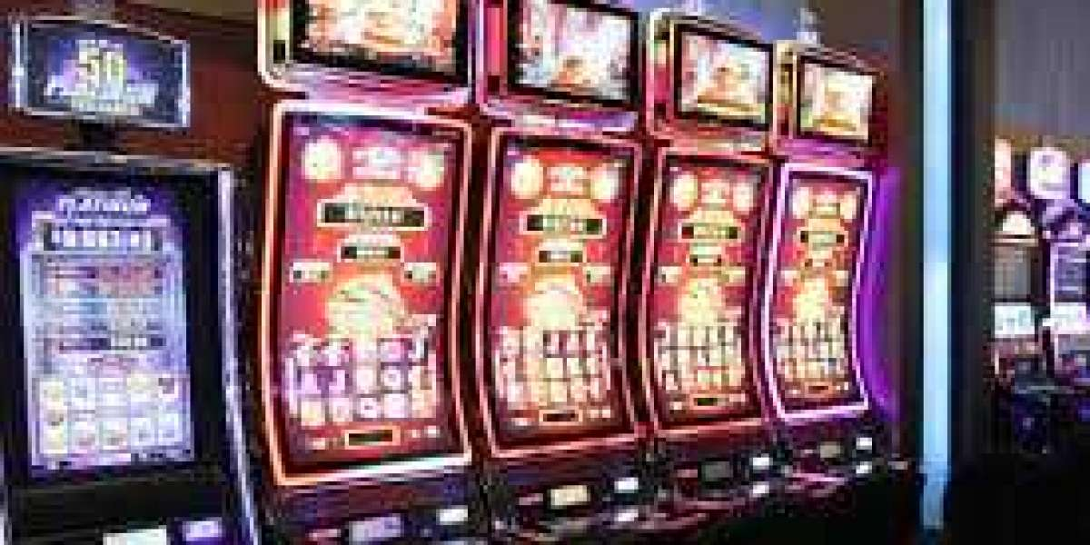 Know About The Details of The Online Casino Games