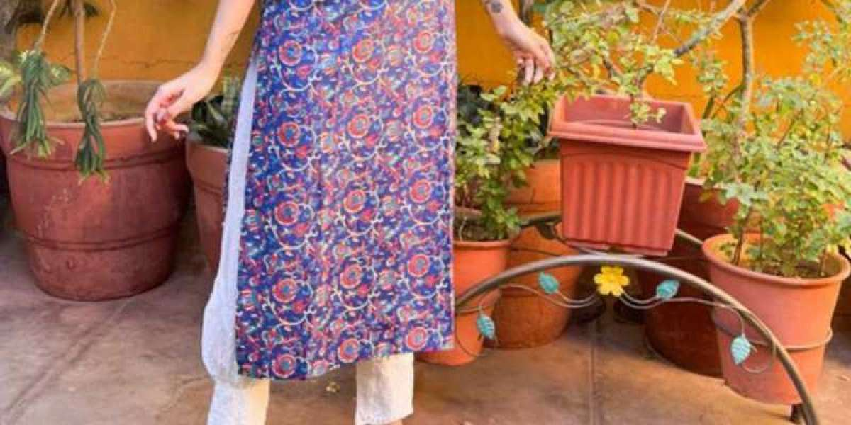 Why Wear Cotton Kurtis All Year?